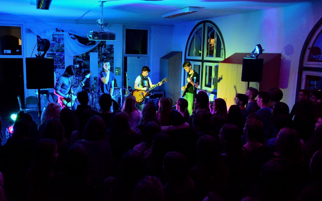 Koncert dijaških bendov Šubafest 2016 – 2. 12. 2016 ob 18.00